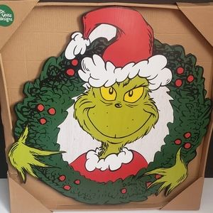 "The Grinch Wreath Wood 16"" x 16"" Dr Seuss Enterpri"